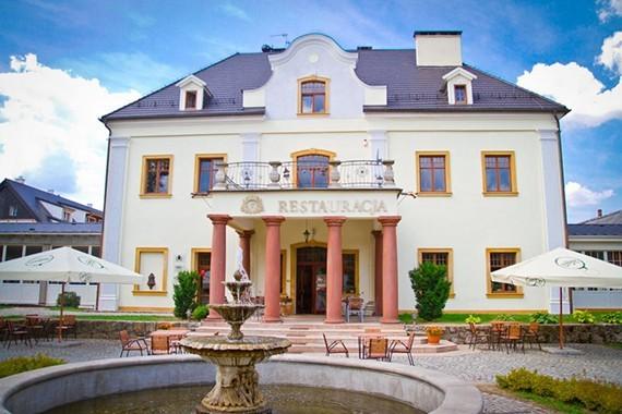 Pałac na Wodzie – Staniszów